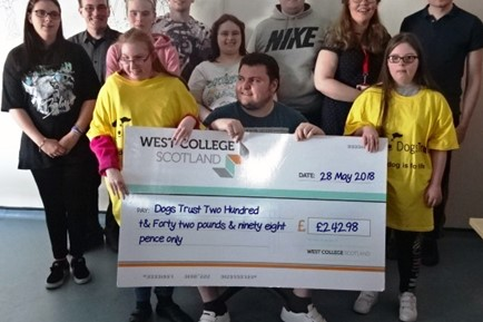 Dog -Trust -Cheque
